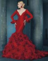 red wedding gown to emphasize curves
